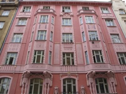 Kubistička kuća
