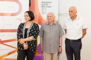 Kustosica izložbe Valentina Radoš, foto: Marin Franov, OLJK