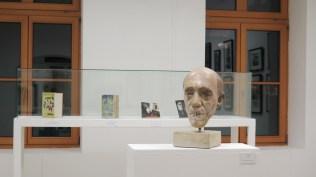 Postav izložbe Ivo Šebalj - Slikarstvo traži vrijeme u Likovnom salonu Vladimir Becić u Slavonskom Brodu