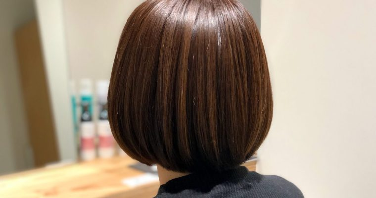 ご自宅で簡単に髪をサラツヤにする方法とは?