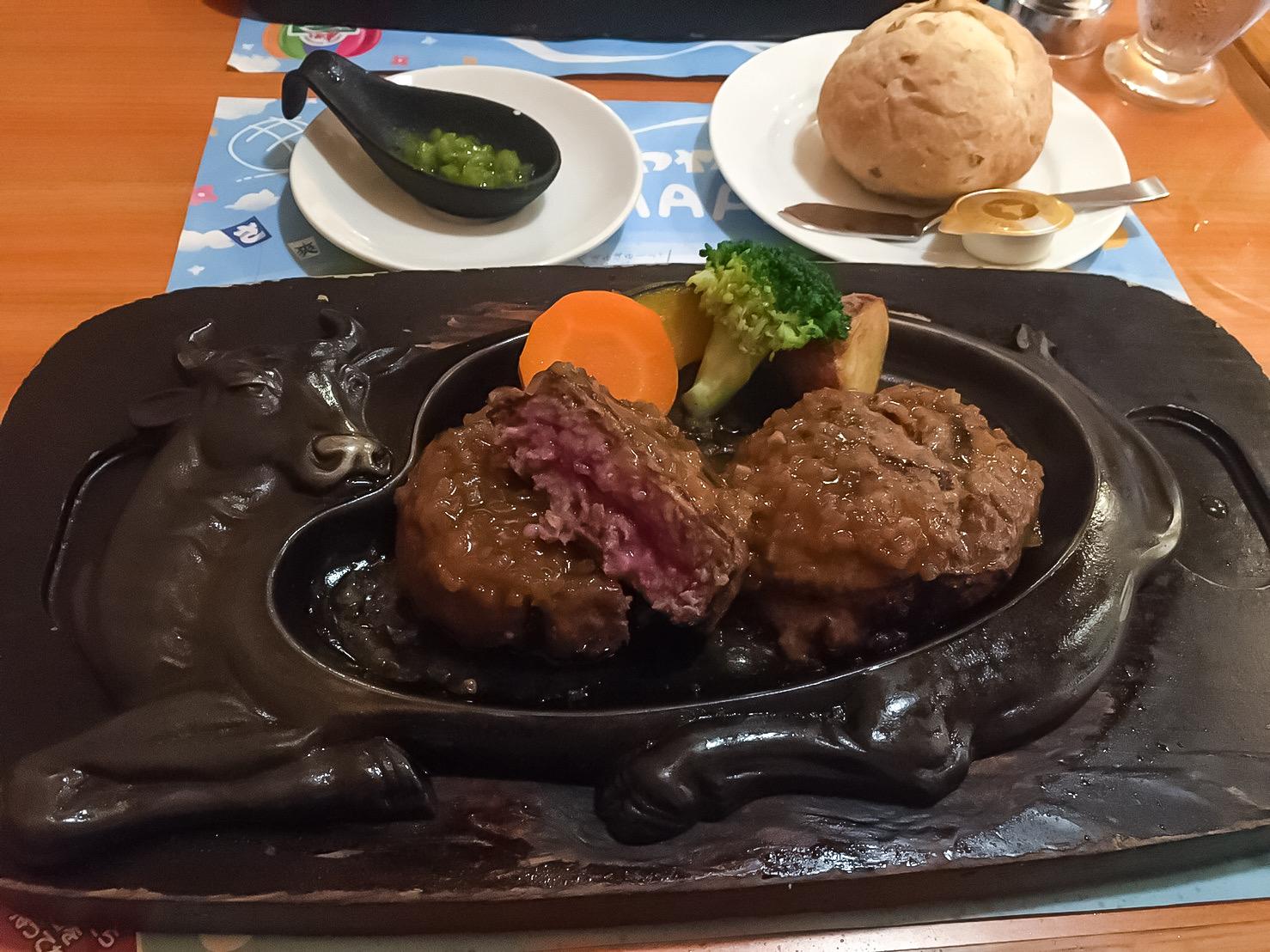 静岡のおすすめグルメ!炭火で焼く『さわやか』のげんこつハンバーグ