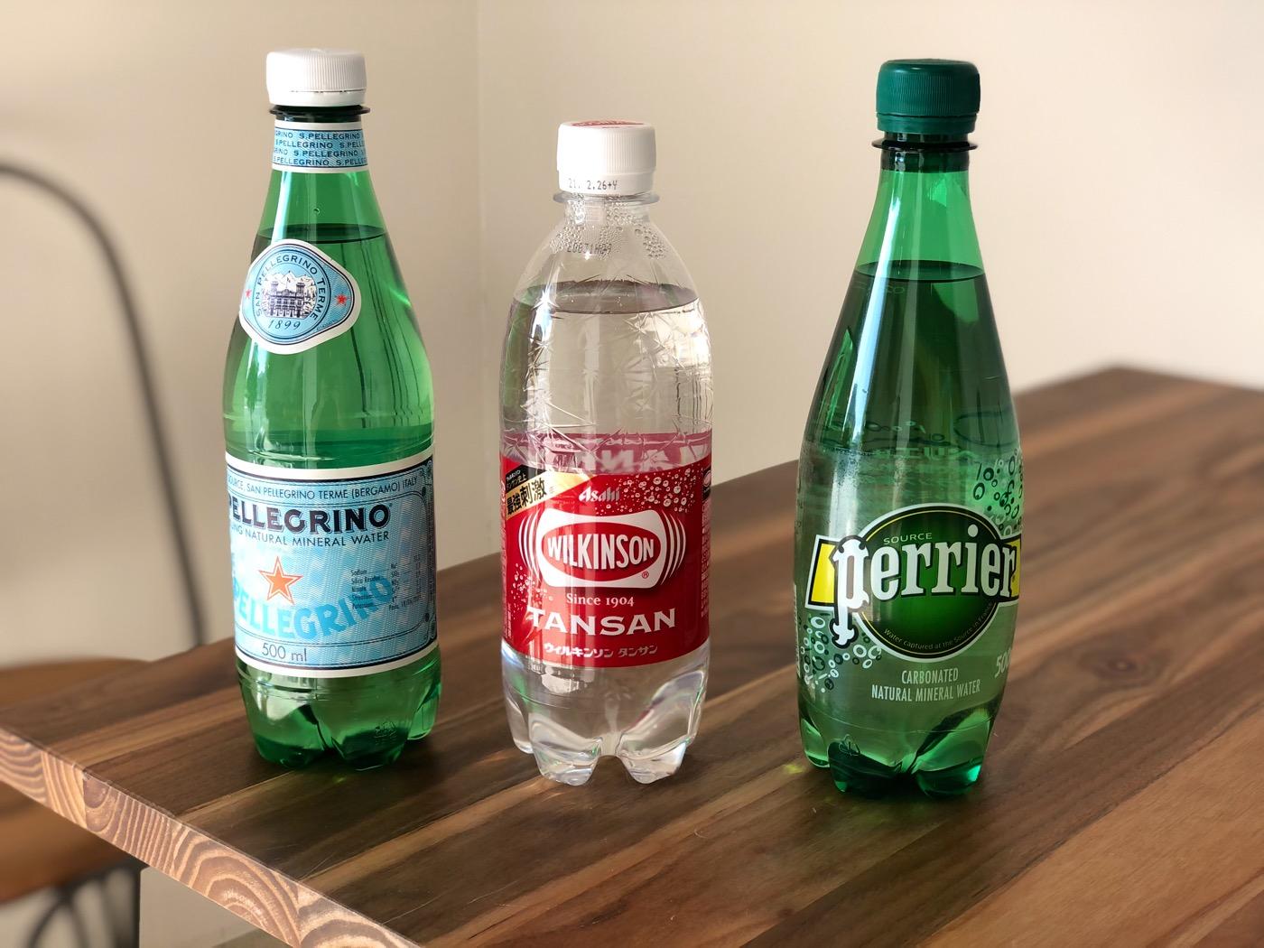 ダイエットにもおすすめ!?人気の炭酸水3種類を飲み比べて、その違いを比較してみました!