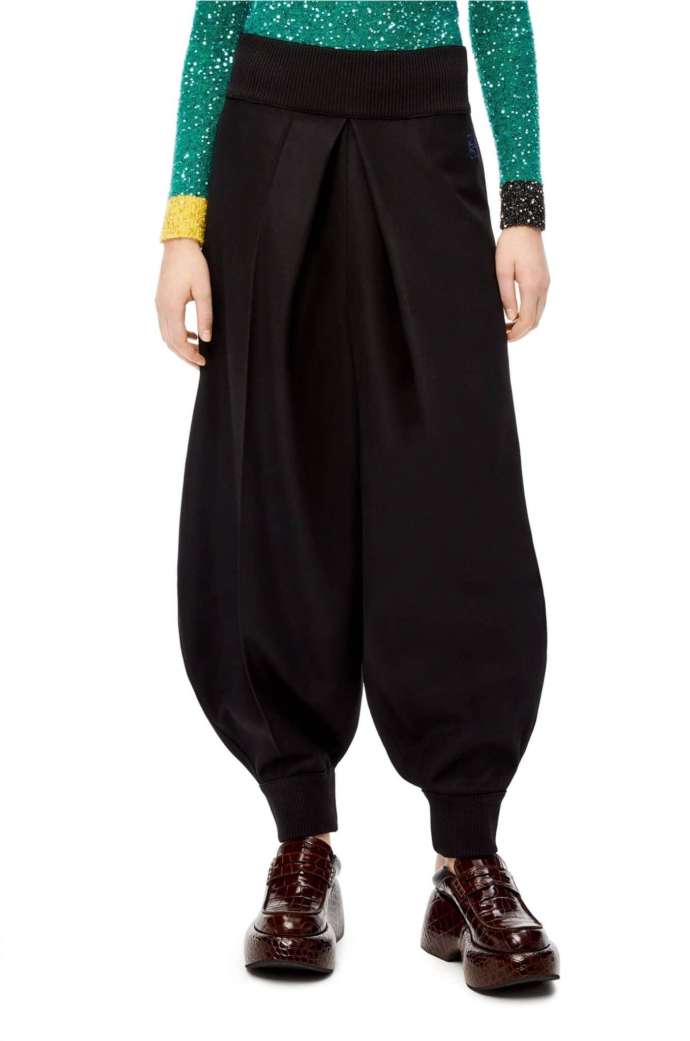 NOVEDAD Pantalones globo confeccionados en lana loewe