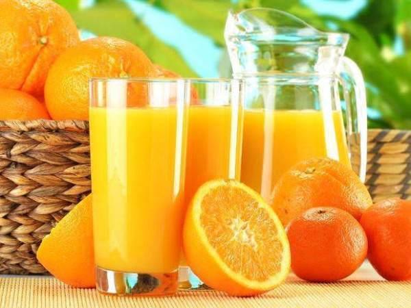 suco-detox-com-laranja maça