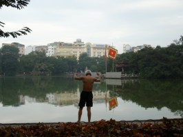 Tai Chi next to the Hoan Kiem lake. Photo Nadia Krige