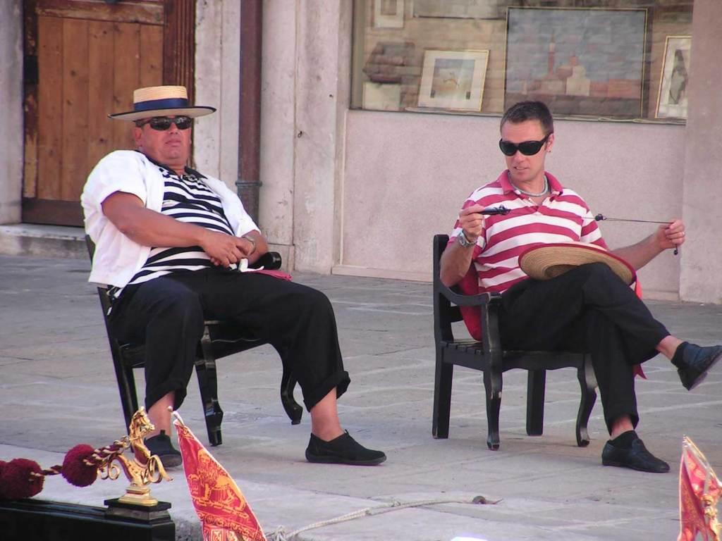 czekający na turystów