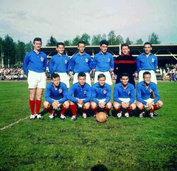 LE-COQ-SPORTIF_FOOTBALL_FRENCH-NATIONAL-TEAM_WEB-660x638