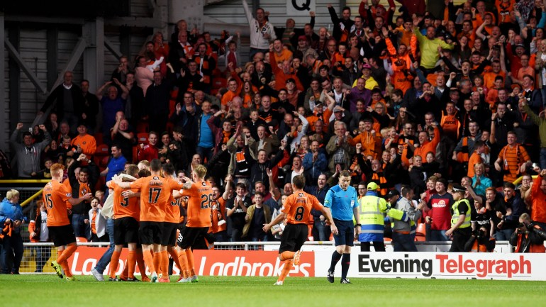 dundee-united-fans