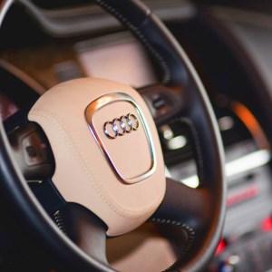 Перетяжка руля Audi