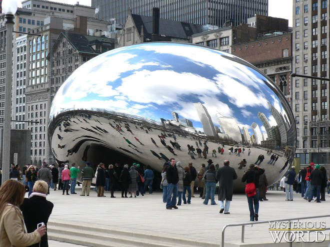 30-Amazing-Cloud-Gate-Sculpture-Photos-33