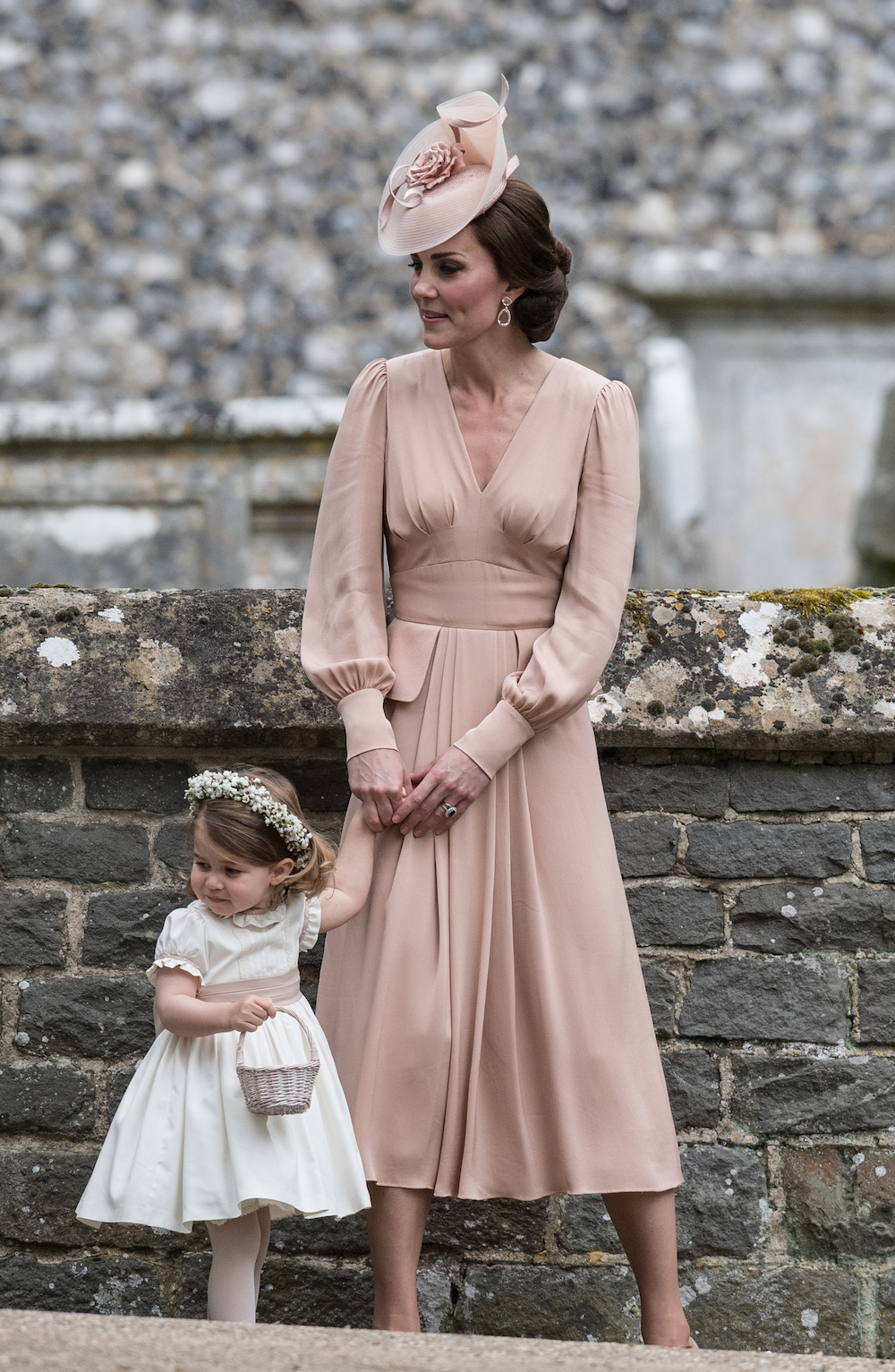 kate middleton attends sister pippa middleton's wedding