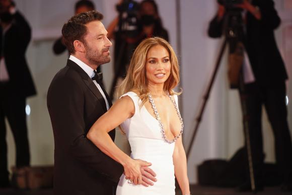 Ben Affleck Jennifer Lopez Venice 7