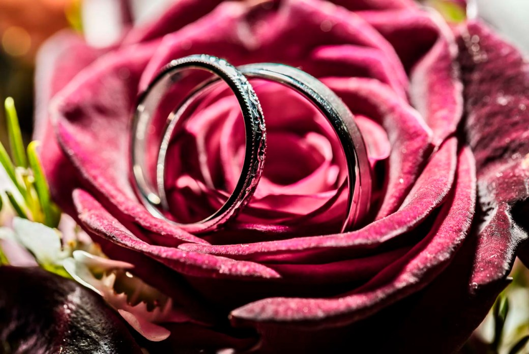wedding photography ring shots