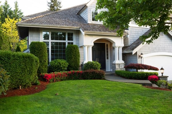 What Is The Cost To Renovate Custom Luxury Homes?