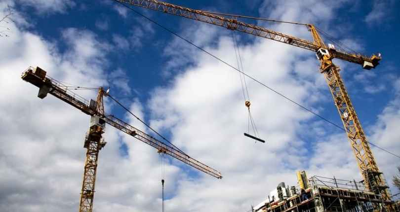Types of Cranes for Residential Projects | Construction  Equipments