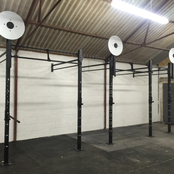 UKSF 20ft Wall Mounted Rig 1