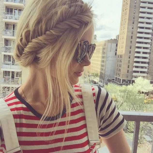 hairstyles to wear with sunglasses