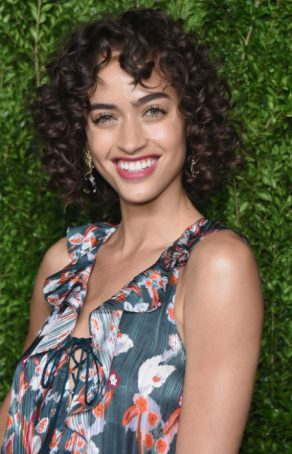 Trending-Haircuts-for-Summer-2020-Bangs-with-Curls