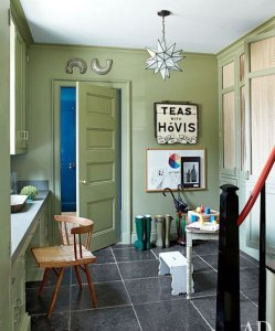 Earthy Green:carlamossinteriors.com