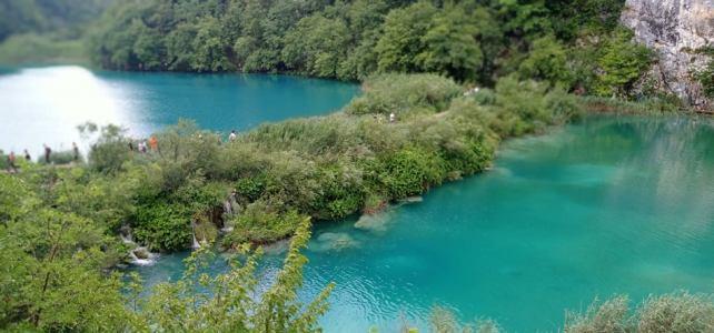 Ape curate asumate. Lacuri și cascade ȋn Parcul Naţional Plitvice – sit UNESCO