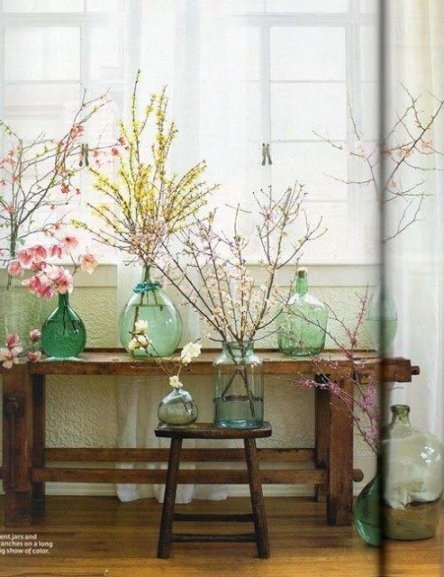 Demijohn decor, using bottles, branches in bottles, demijohn