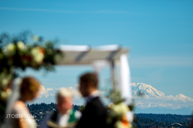 Seattle Tennis Club wedding in Seattle   Outdoor ceremony with view of Mt. Rainier   Perfectly Posh Events, Seattle Wedding Planner   JTobiason Photography