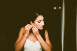 DeLille Cellars wedding in Woodinville | Bride getting ready in Lazaro gown| Perfectly Posh Events | Seattle Wedding Planner | Andria Lindquist Photography