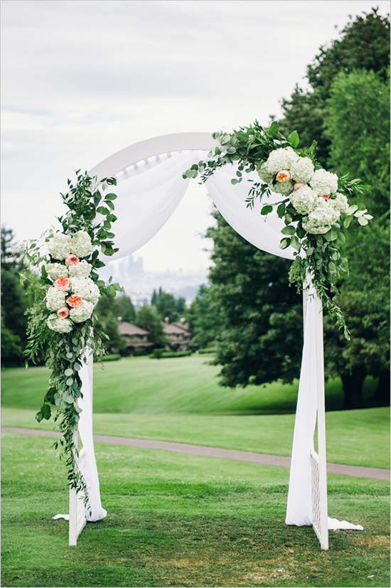 Glen Acres Golf Club wedding in Seattle   Floral and greenery decorated wedding arch   Perfectly Posh Events, Seattle Wedding Planner   Barrie Anne Photography   Butter & Bloom