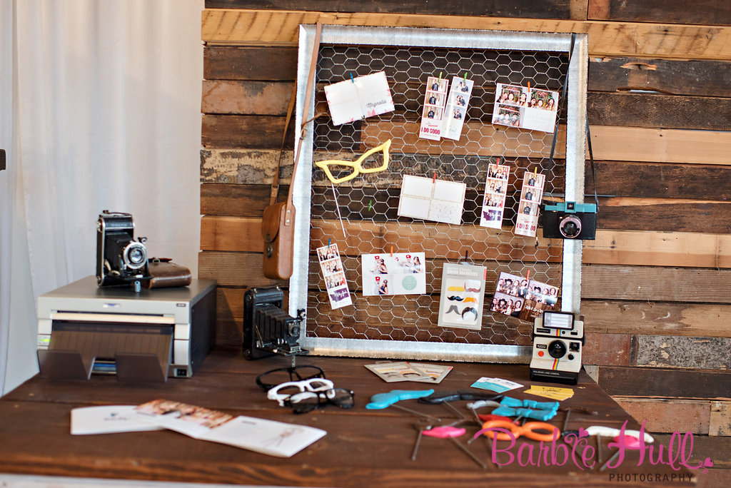 Seattle Wedding Show, I Do Sodo | Vintage photo booth props from The SnapBar | Perfectly Posh Events | Barbie Hull Photography | The SnapBar