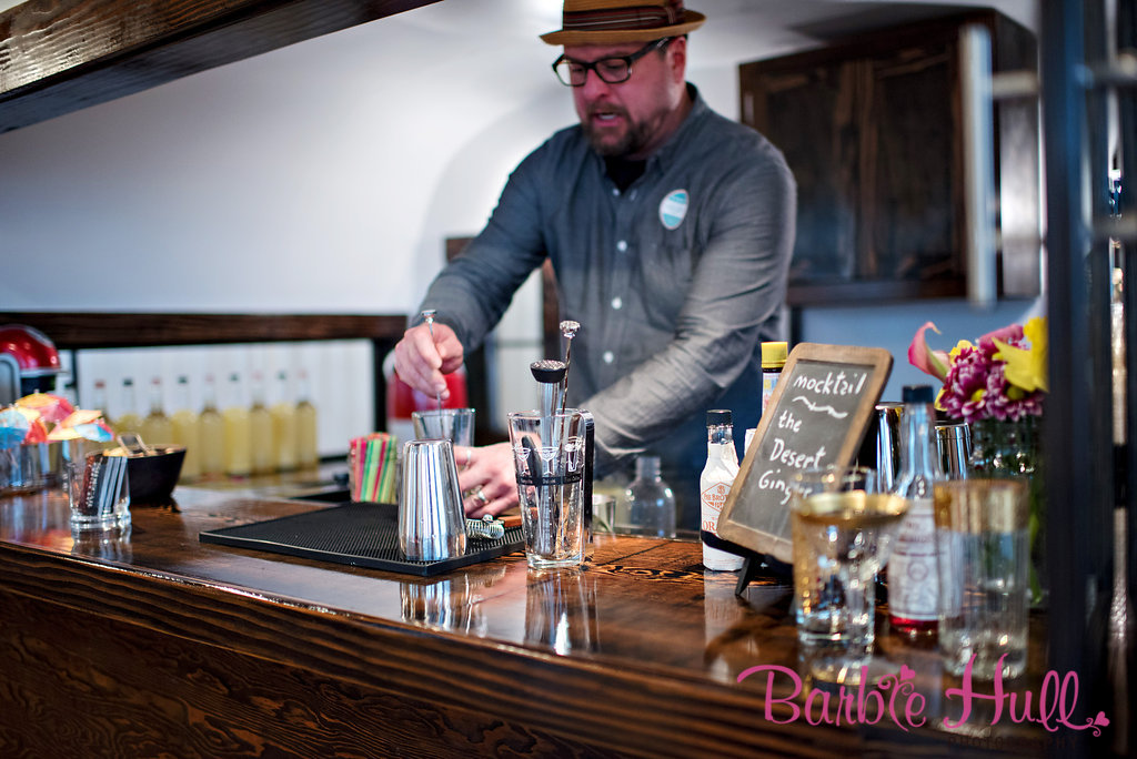 Seattle Wedding Show, I Do Sodo | Mobile bar serving mocktails at a Palm Springs Mid-Century party | Perfectly Posh Events | Barbie Hull Photography | The SideCar Mobile Bar