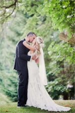 Glen Acres Golf Club | Seattle | Seattle Wedding Planner | Perfectly Posh Events | Barrie Anne Photography | First kiss