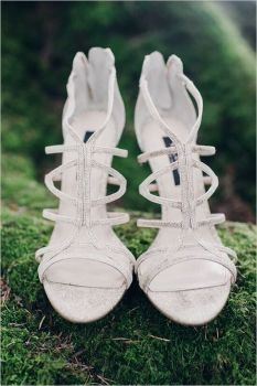 Glen Acres Golf Club | Seattle | Seattle Wedding Planner | Perfectly Posh Events | Barrie Anne Photography | Wedding shoes