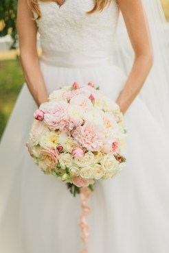 DeLille Cellars wedding in Woodinville | Romantic bridal bouquet with white and pink roses, and pink peonies | Perfectly Posh Events | Lucid Captures Photography | Bella Signature Design