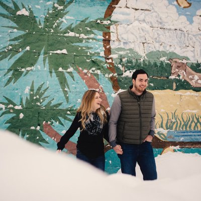 PNW Winter Engagement Shoots | Winter engagement shoot in Roslyn, Washington | Perfectly Posh Events | Roland Hale Photography
