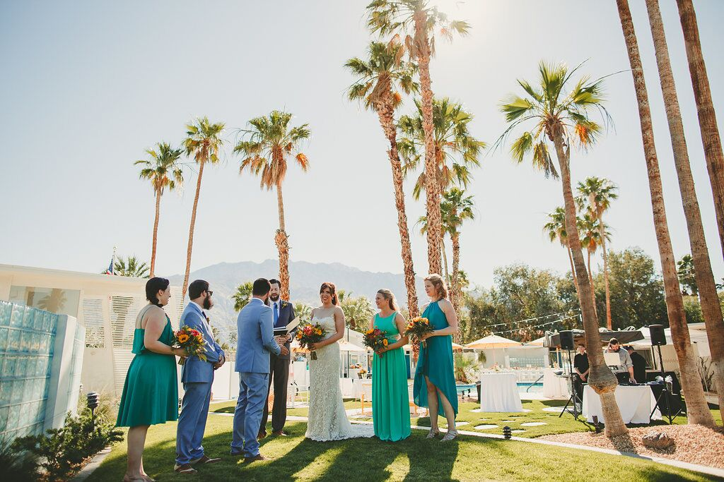 The Monkey Tree Hotel, Palm Springs wedding venue | wedding party photos | Perfectly Posh Events, Seattle and Portland Wedding Planner