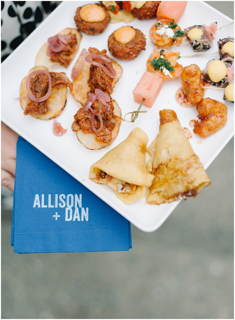 Food truck appetizers at wedding in Woodinville | Private Estate Wedding in Woodinville| Perfectly Posh Events: Seattle and Portland Wedding Planner | Photo by Blue Rose Photography