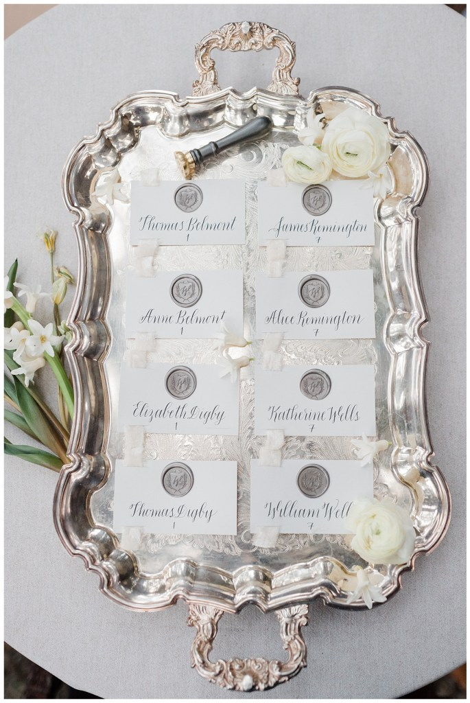 Luxury place card ideas for your small wedding. Click for more Intimate Wedding ideas in response to the effects of COVID-19 on weddings. Wedding planning by Perfectly Posh Events, based in Seattle and Portland. Wedding photography by Kristen Honeycutt Photography. Place cards by Anchored Paper Co.. #perfectlyposhevents