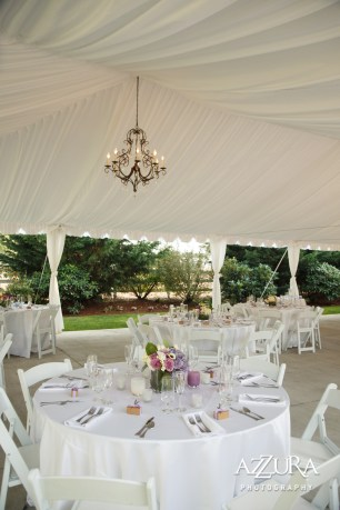 Laurel Creek Manor Wedding in Seattle   White tent for wedding reception with chandelier   Perfectly Posh Events, Seattle Wedding Planner   Azzura Photography