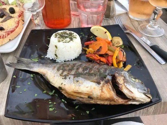 Sète Seafood Provencal Lifestyle Retirement Adventure Deborah Bine Barefoot Blogger