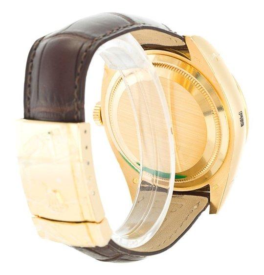 Rolex Sky-Dweller Gold 326138