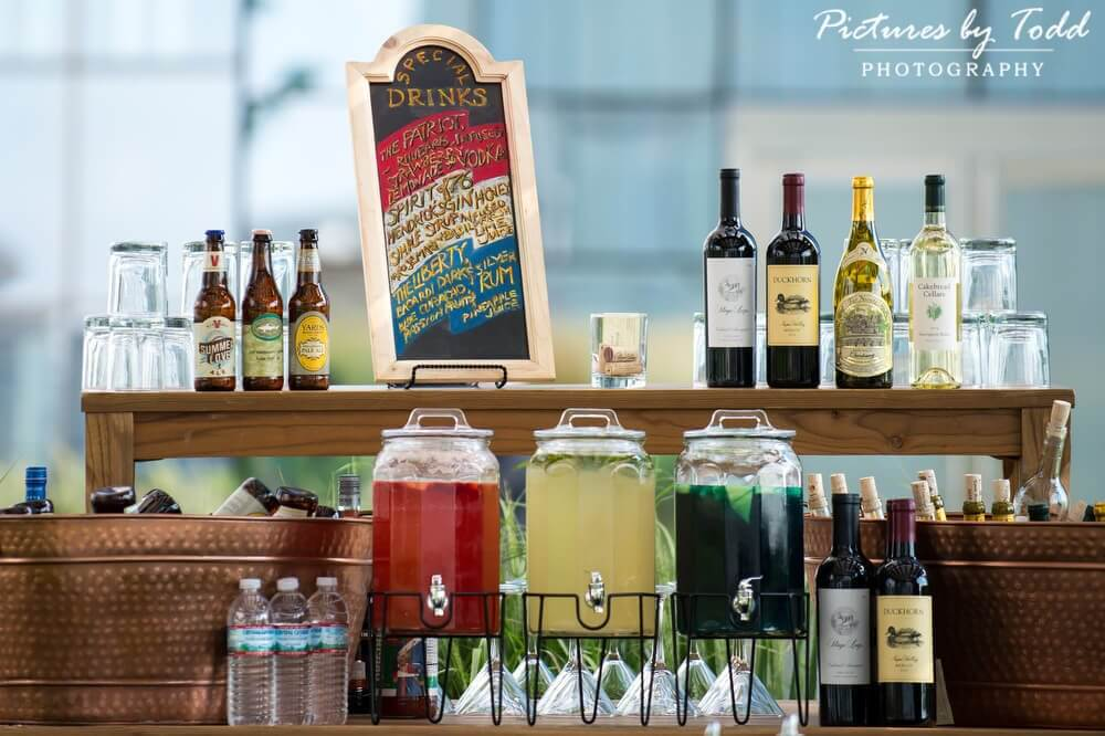 How Much Alcohol Do I Need For My Event | Drinks Table | Perfect Setting Catering