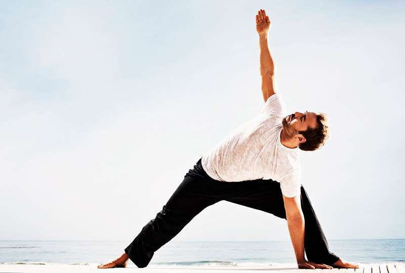 Jeremy Piven yoga