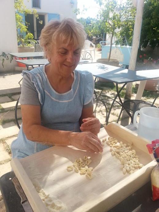 Rita Guastamacchia @ Masseria Serra dell'Isola, Apulien