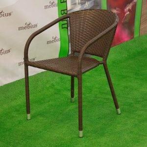 Плетеные стулья для кафе в Крыму