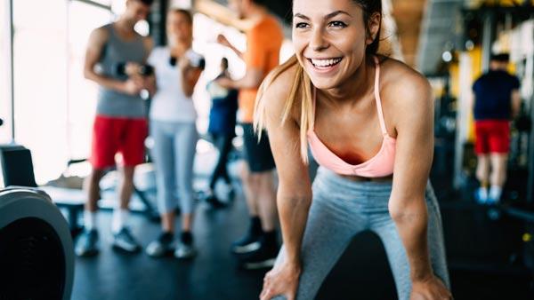 Mulher na academia - Exercícios para emagrecer