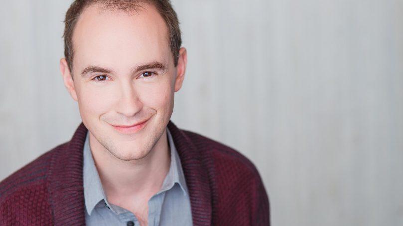 Matt Crowle to Star in David Sedaris' SANTALAND DIARIES at Goodman