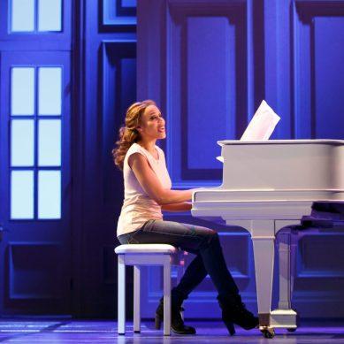 Energetic and Enjoyable BODYGUARD Lives Up To Whitney Houston's Legacy
