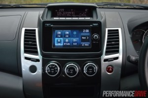 2014 Mitsubishi Challenger 61in touchscreen