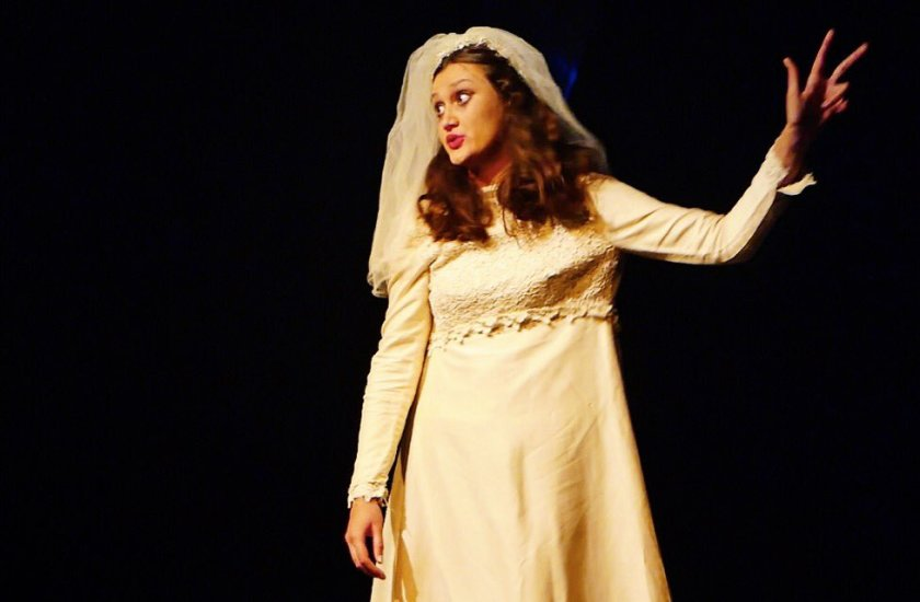 laura elina alminas bride