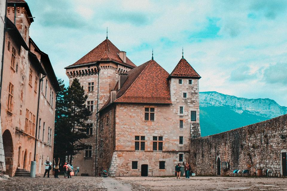 annecy castle